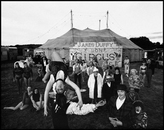IRELAND. 1967. Duffy Circus. Contact email: New York : photography@magnumphotos.com Paris : magnum@magnumphotos.fr London : magnum@magnumphotos.co.uk Tokyo : tokyo@magnumphotos.co.jp Contact phones: New York : +1 212 929 6000 Paris: + 33 1 53 42 50 00 London: + 44 20 7490 1771 Tokyo: + 81 3 3219 0771 Image URL: http://www.magnumphotos.com/Archive/C.aspx?VP3=ViewBox_VPage&IID=2K7O3R1CJ74T&CT=Image&IT=ZoomImage01_VForm