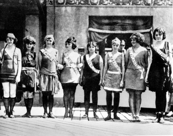america-pageant-1921